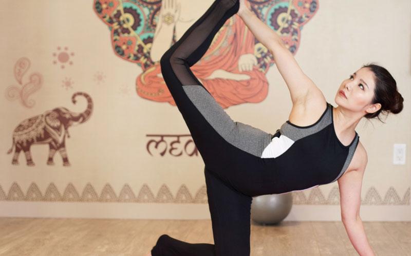 纤体美颜瑜伽